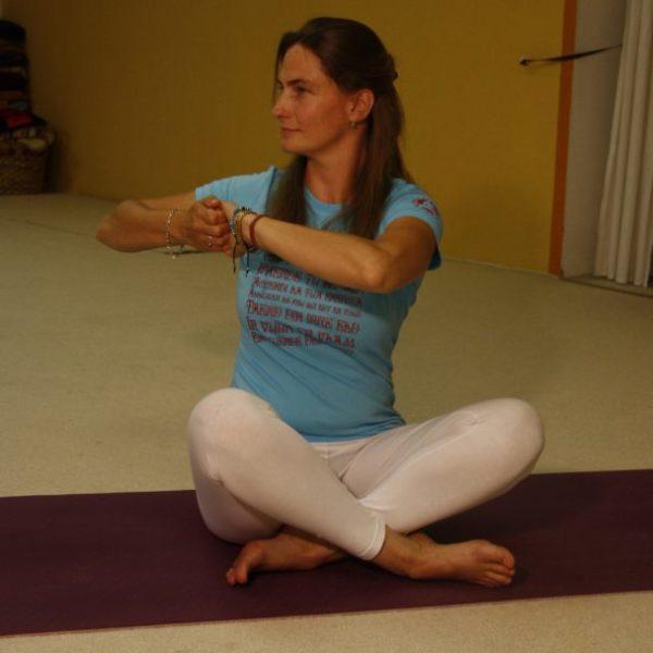 Yoga jetzt vor Ort möglich mit Gruppen bis 8 Personen – bitte voranmelden!