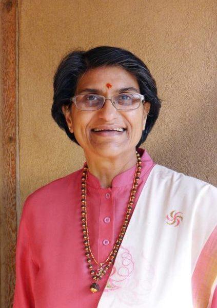 Yoga-Philosophie-Sonderprogramm mit Shubhraji am Fr. 22.11. und Sa. 23.11.2019
