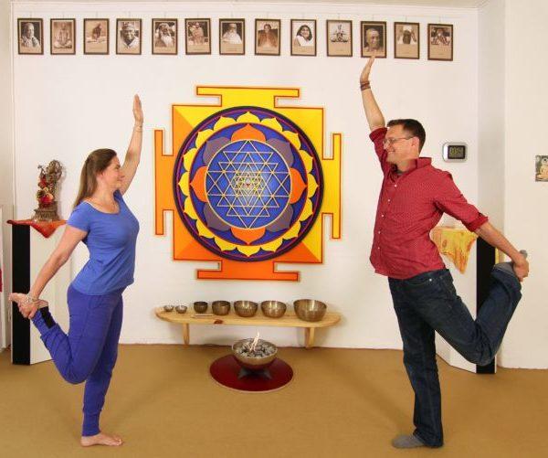Yoga reborn – ab sofort wieder Yoga-Präsenzunterricht und Hybrid-Stunden